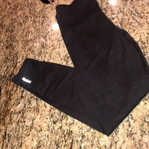 Reebok black high rise workout leggings S